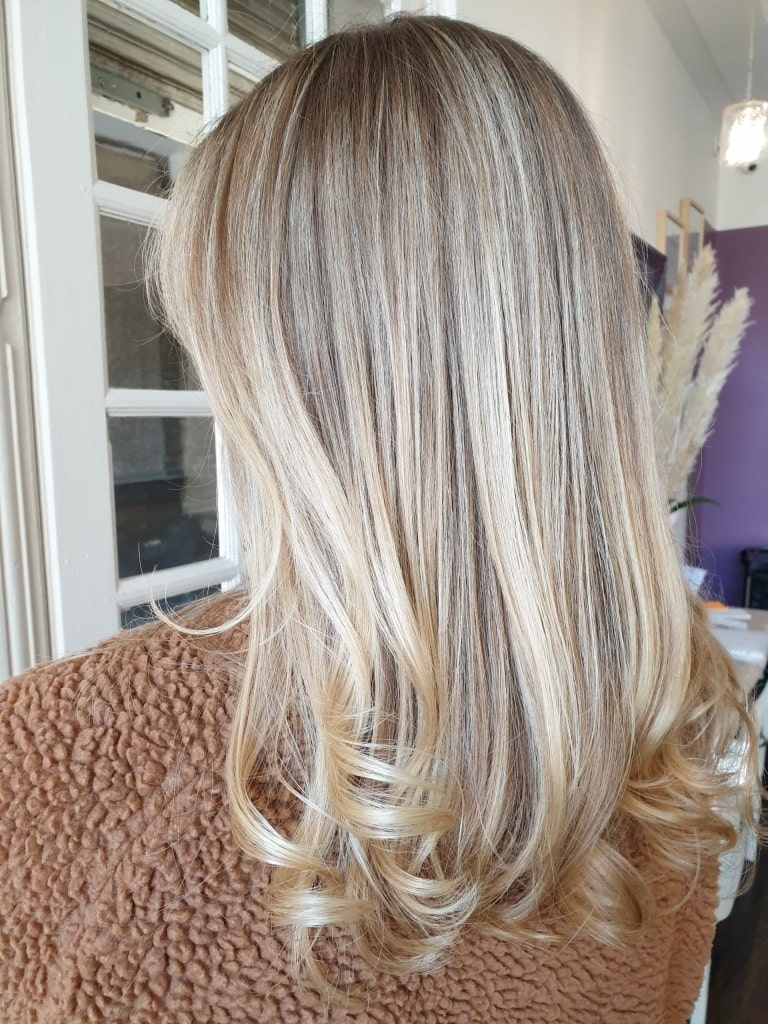 Coupe coiffure couleur femme